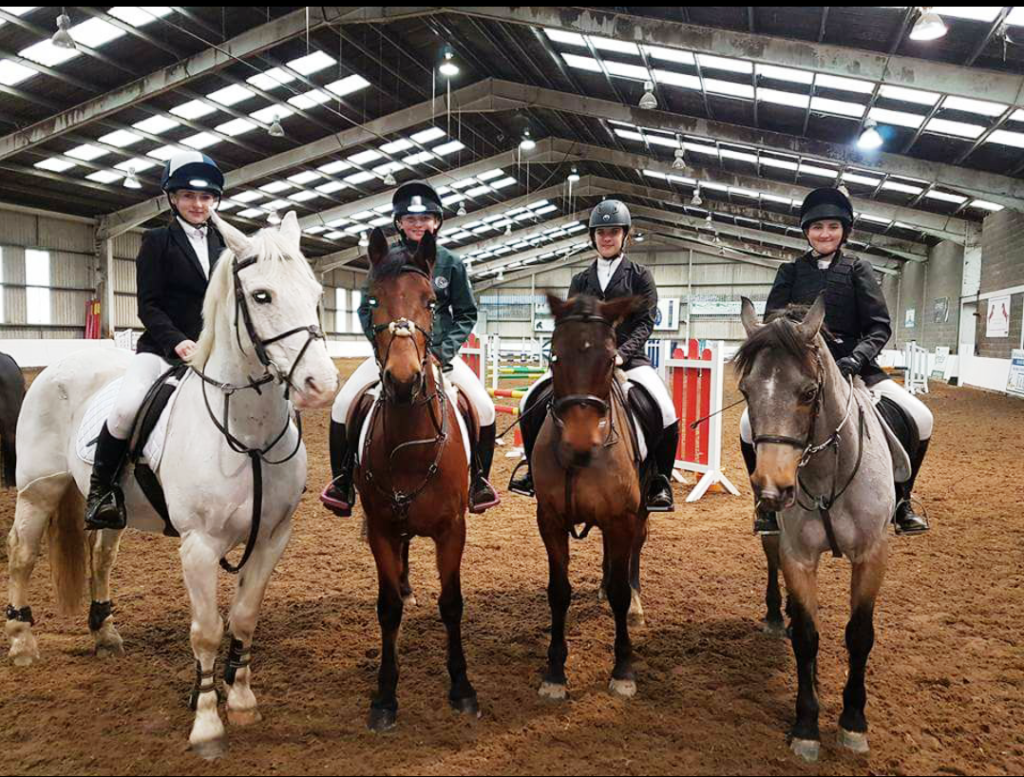 Showjumping team17